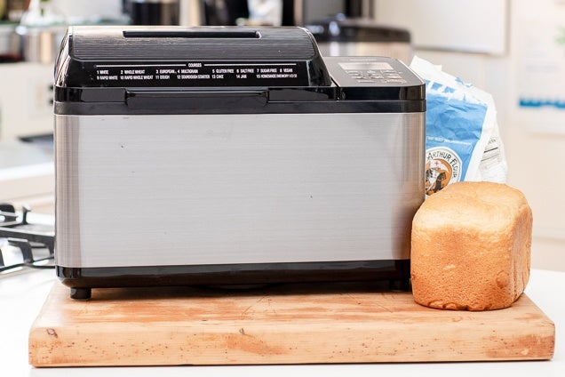 How To Select A Bread Maker